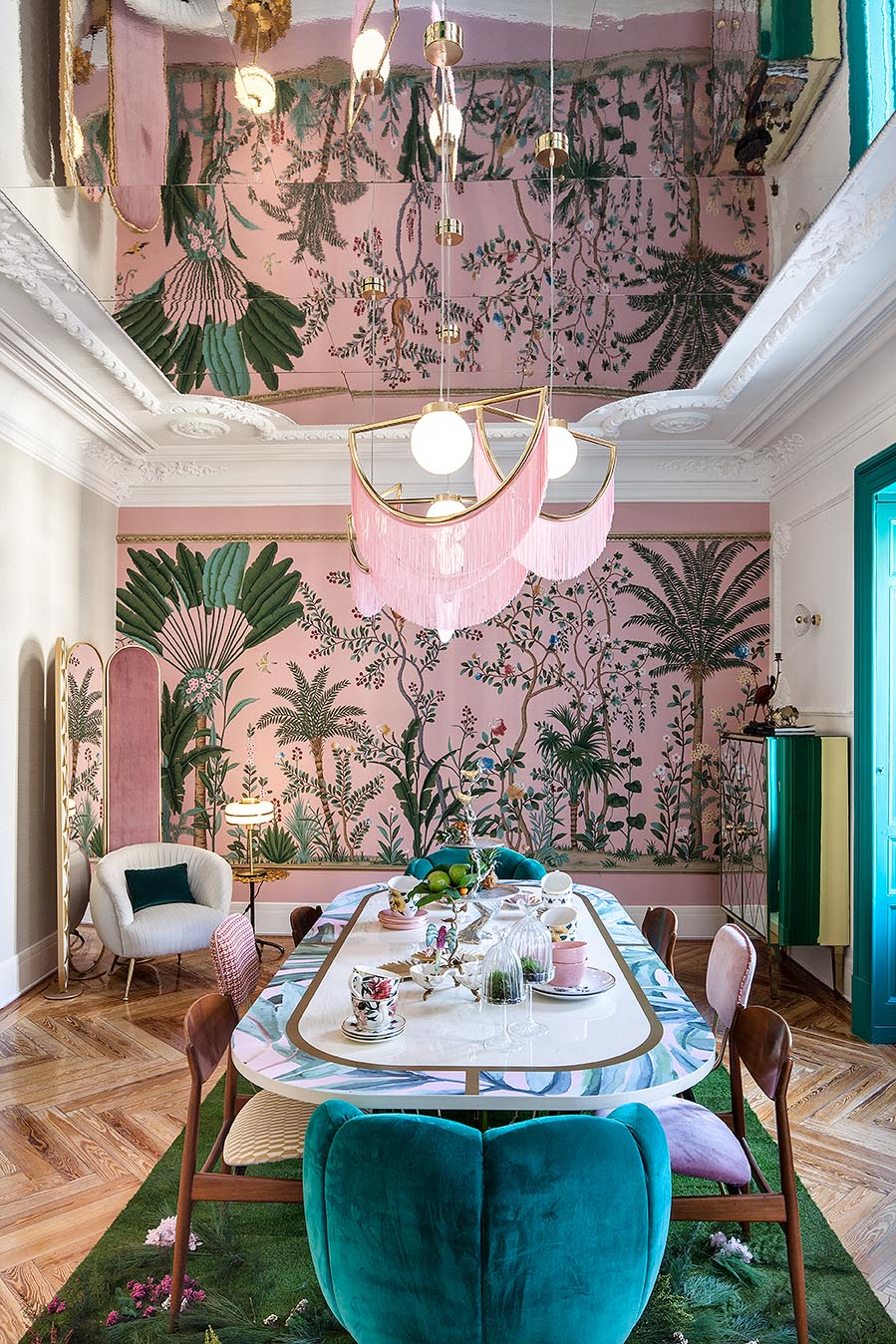 trends-2019-maximalism-colors-rugsociety