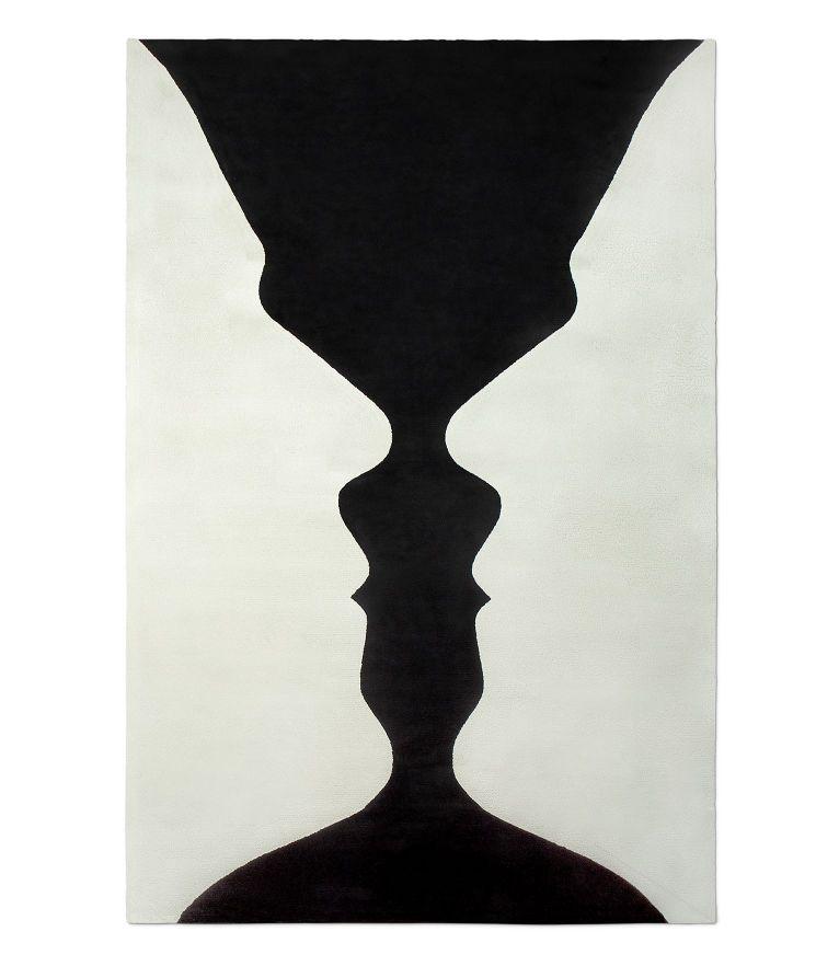 Vase Rug