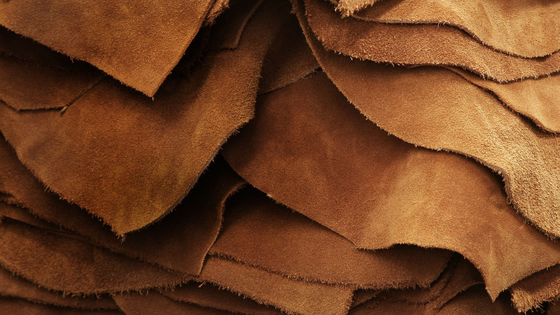 Authentic Leathers - Feel the new authentic shapes for your home