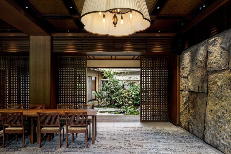20 Spectacular Rugs Inspirations from Tokyo Interior Designers