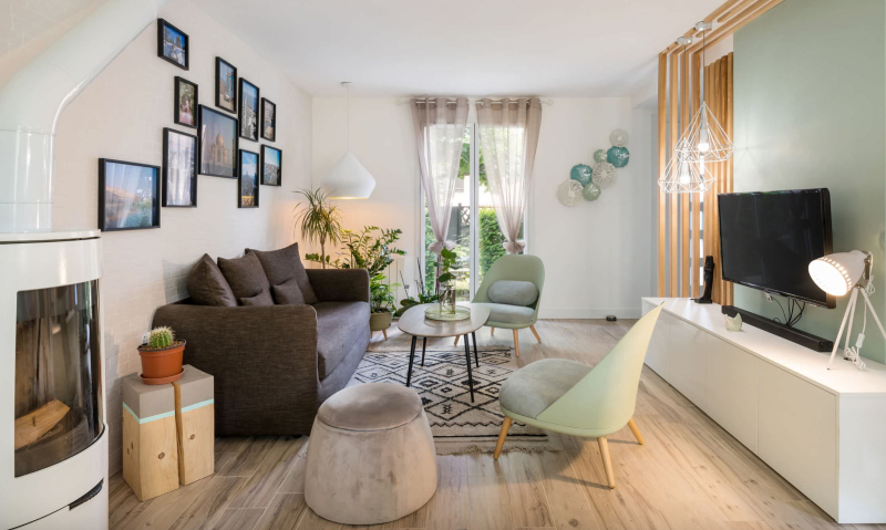 Lyon Interior Design Projects  with Rugs