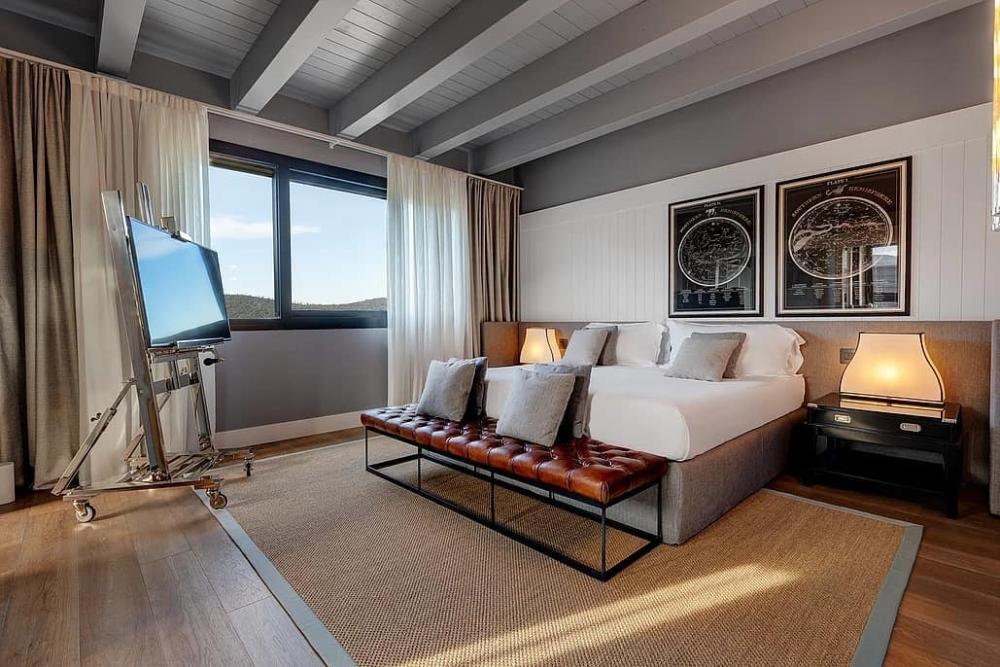 Modern Interior Design Projects by Andrea Fogli